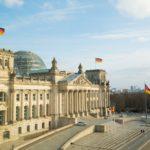 "Bundesweite ""Notbremse"" kontrovers diskutiert"