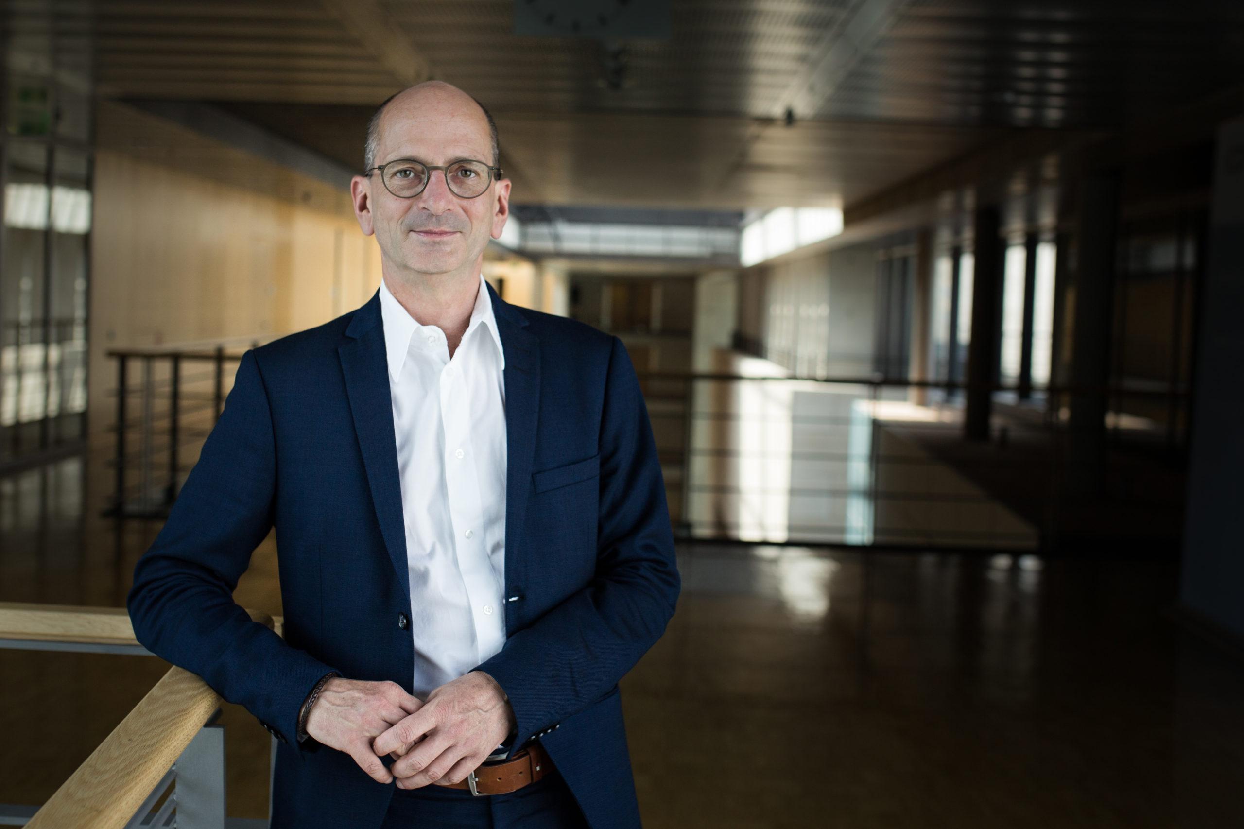 Dr. Achim Kessler