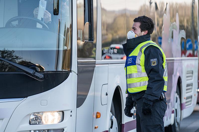 Bus Polizei