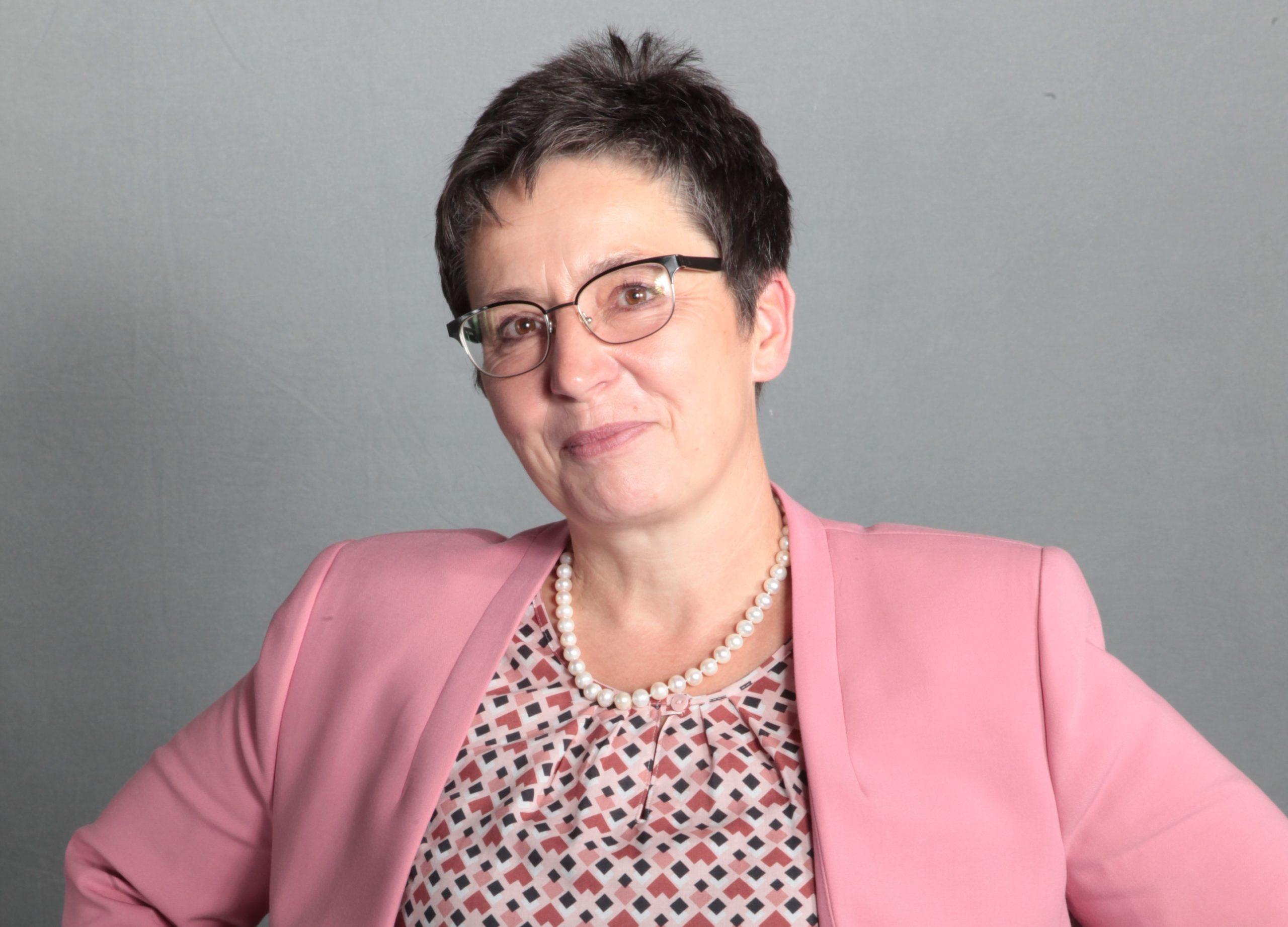 Sylvia Limmer